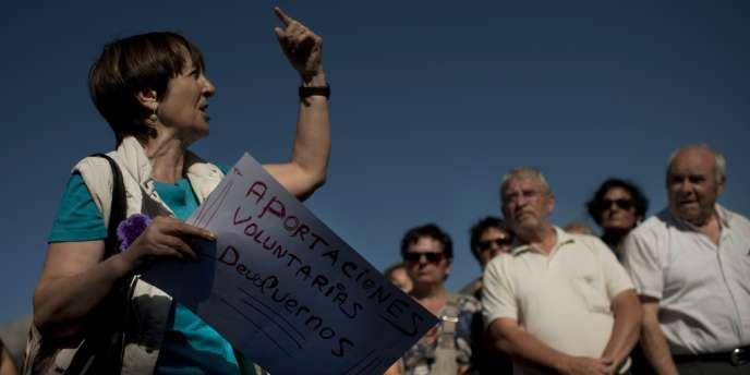 Vendredi 18 octobre, des centaines de travailleurs espagnols, sous le choc, ont manifesté à Arrasate, au Pays basque. Devant le siège de la coopérative Mondragon, la maison mère du groupe de gros électroménager, ils ont exigé des solutions.