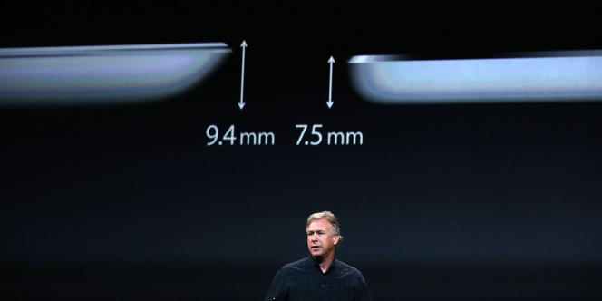 Appel a présenté l'iPad Air, moins épais de deux millimètres par rapport à sa précédente version, le 22 octobre.