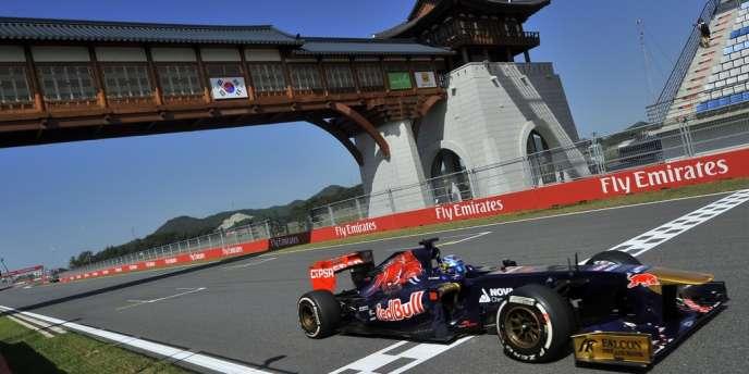 Jean-Eric Vergne, ici le 5 octobre au Grand Prix de Corée, aura comme nouveau partenaire le jeune Daniil Kvyat.