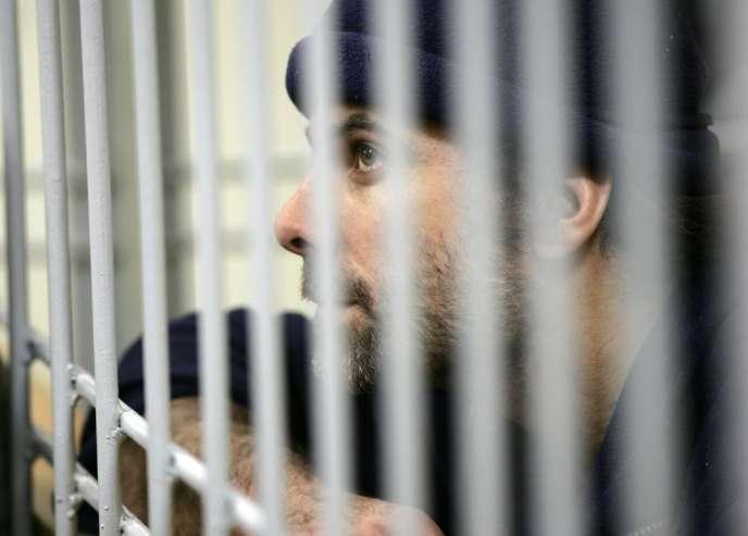 Le militant britannique Iain Rogers, devant le tribunal de Mourmansk le 21 octobre.
