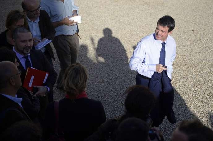 54 % des personnes interrogées estiment que Manuel Valls serait élu face à un candidat de droite en 2017, alors qu'elles ne sont que 20 % à le penser si la candidate était Martine Aubry et 16 % seulement si c'était François Hollande.
