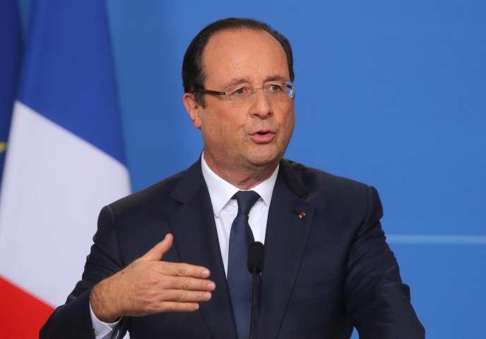 Le forum est organisé à l'avant-veille de l'ouverture à Paris du Sommet de l'Elysée pour la paix et la sécurité en Afrique, qui réunira près de 40 dirigeants du continent.