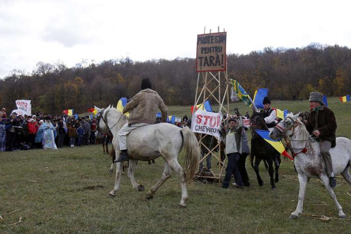 Manifestation à Pungesti contre l'exploitation du gaz de schiste, le 19 octobre.