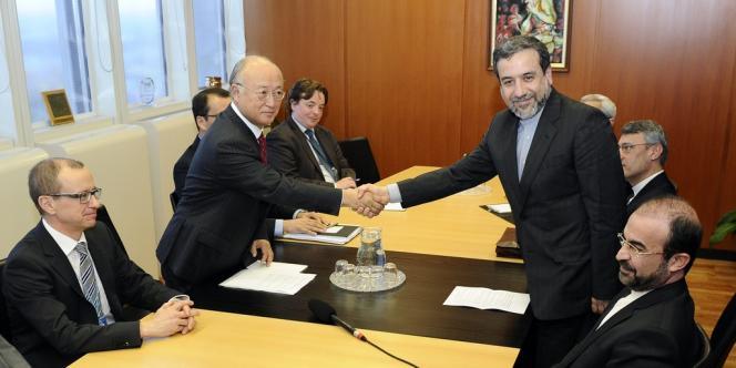 Le négociateur en chef de l'Iran, Abbas Araghchi, et le directeur général de l'AIEA, Yukiya Amano, le 28 octobre à Vienne.