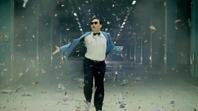 Le chanteur Psy dans
