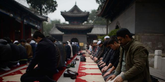 Le Xinjiang est sporadiquement secoué par des troubles, parfois meurtriers, que les autorités imputent généralement à des