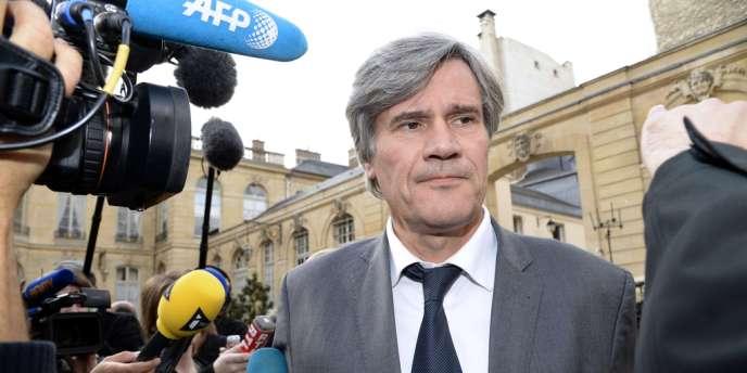 Le ministre de l'agriculture, Stéphane Le Foll, se dit soucieux de « refonder » la politique agricole suivie par la France depuis les années 1960.