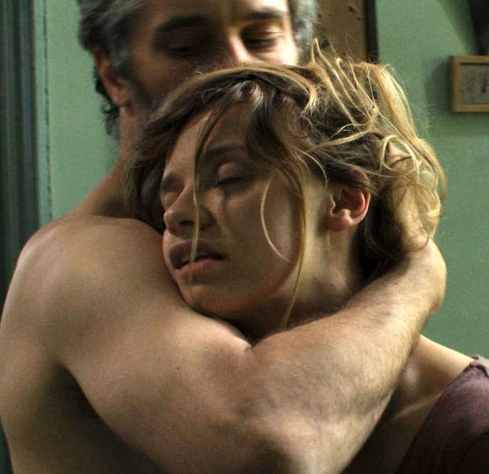 James Thiérrée et Sara Forestier dans le film français de Jacques Doillon,