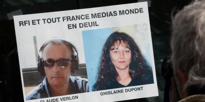 Une photo des deux envoyés spéciaux de RFI tués au Mali, le 3 novembre.