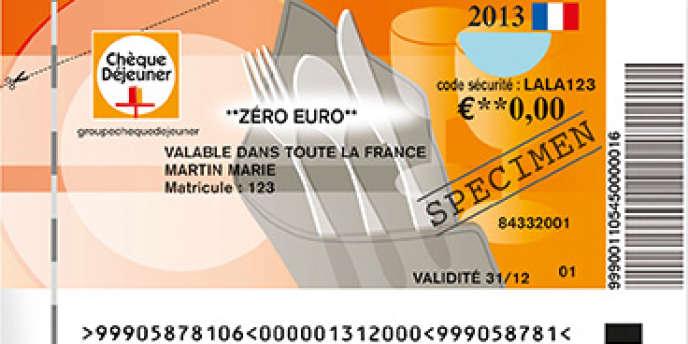 Fini le seul chèque papier, à compter du 2 avril, les salariés pourront payer leurs repas avec une carte ou leur téléphone.