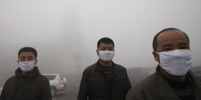 Pic de pollution dans la ville de Harbin, dans le nord-est de la Chine, le 21 octobre.