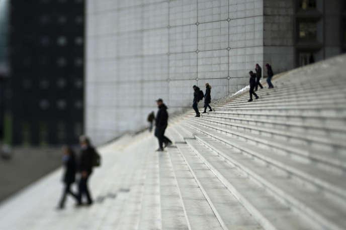 L'esplanade de la Défense.