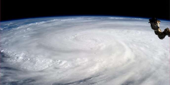 Le typhon Haiyan vu de la station spatiale internationale, le 9 novembre.