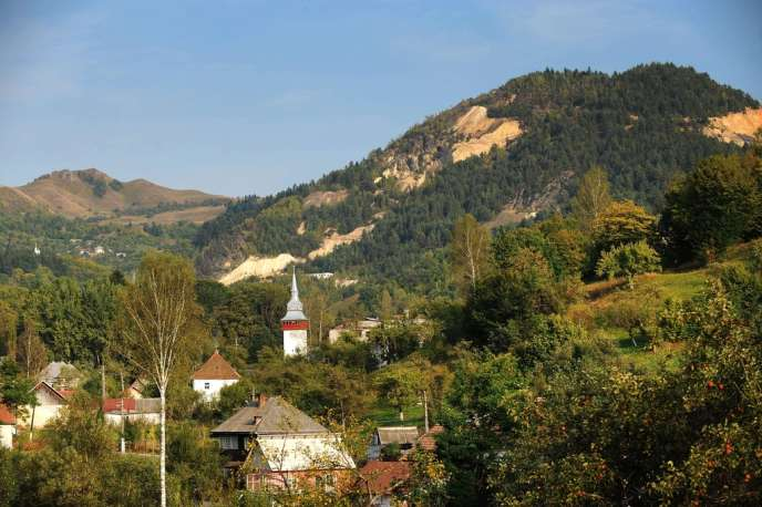 Le village de Rosia Montana, en septembre 2011.