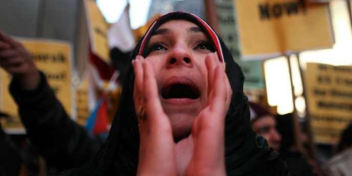 Un tribunal du Caire a condamné un Egyptien à un an de prison pour avoir critiqué la tenue vestimentaire d'une femme, qu'il jugeait trop osée.