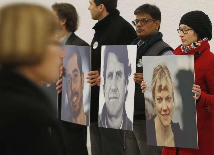 Manifestation en faveur de la libération des trente membres de l'équipage de l'