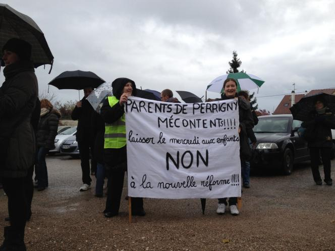Manifestation contre la réforme des rythmes scolaires, le 14 novembre à Auxerre (Yonne).