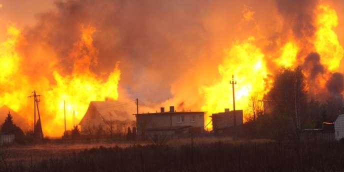 Un grand incendie a suivi l'explosion d'un gazoduc dans le bourg de Janków Przygodzki, dans le centre-ouest du pays.