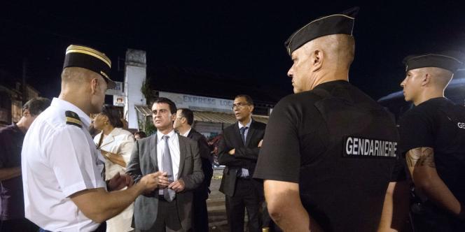 Lors de sa visite en Guadeloupe, le ministre de l'intérieur, Manuel Valls, avait annoncé l'extension à Baie-Mahault de la zone de sécurité prioritaire (ZCP) créée sur les villes limitrophes de Pointe-à-Pitre et des Abymes et jusqu'alors confiée aux seuls services de la police nationale.