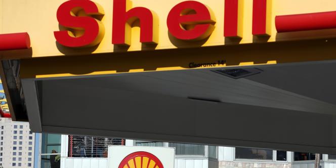 Une station Shell à San Francisco, en Californie, en octobre 2013.