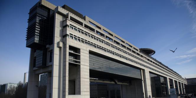 Le gouvernement a transmis à la commission des finances du Palais-Bourbon des informations, pour beaucoup inédites, sur le volet dépenses du projet de loi de finances pour 2014.