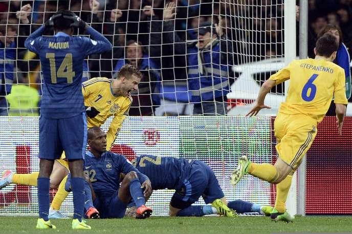 L'équipe de France s'est inclinée 2 à 0 face à l'Ukraine en match aller des barrages pour la qualification au Mondial 2014, le 15 novembre à Kiev.