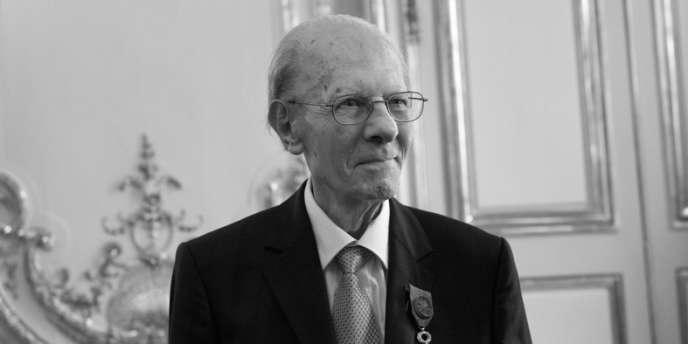 Emile Poulat, historien des religions, sociologue, directeur d'études à l'Ecole des hautes études en sciences sociales et directeur de recherche au CNRS.
