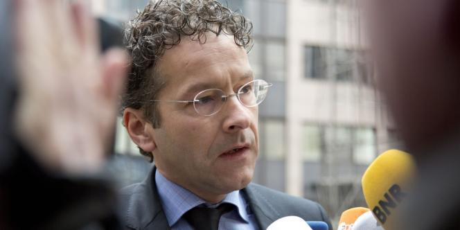 Jeroen Dijsselbloem, le président de l'Eurogroupe, se dit confiant dans l'avenir financier de l'Espagne et de l'Irlande, après que les ministres ont approuvé, jeudi 14 novembre, à Bruxelles, la fin des plans d'aide aux deux nations.