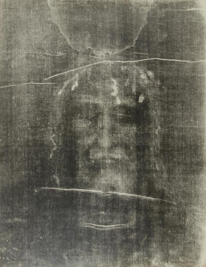 Photo du saint suaire de Turin.