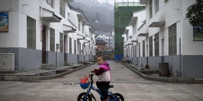 Le Parti communiste chinois assouplit la politique de l'enfant unique et abolit les camps de travail mais ne cède pas sur l'essentiel : le monopole du pouvoir.