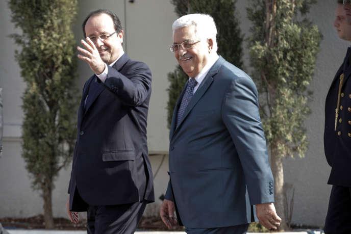 François Hollande et Mahmoud Abbas, le 18 novembre à Ramallah.