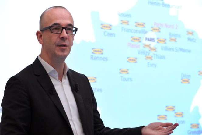 Stefan Vanoverbeke, Le PDG du distributeur scandinave de meubles pour la France, est soupçonné de «complicité de collecte illicite de données à caractère personnel ».