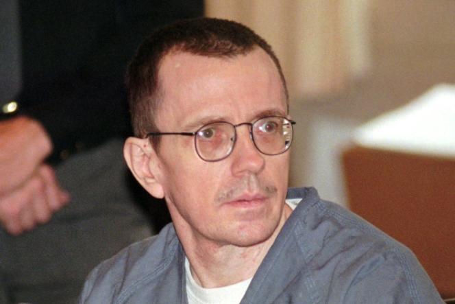Joseph Paul Franklin, un suprémaciste responsable de 22 meurtres entre 1977 et 1980, a été exécuté le 20 novembre dans le Missouri.