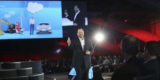 Marc Benioff, fondateur de Salesforce, lors de sa présentation de Salesforce 1 à San Francisco, le 19 novembre 2013.