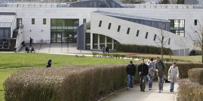 L'UFR de sciences de l'université de Versailles-Saint-Quentin.