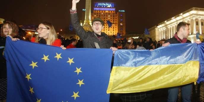 Manifestations de protestation, jeudi 21 novembre, après la décision de l'Ukraine de suspendre les négociations pour l'entrée du pays dans l'Union européenne.