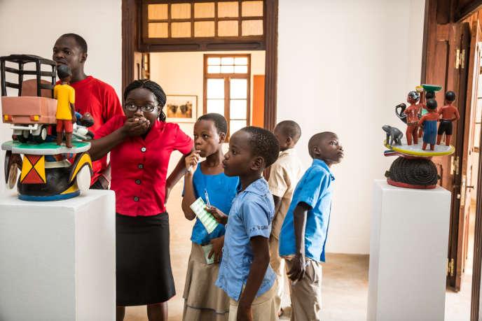 Le musée de Ouidah est le premier consacré à l'art contemporain africain qui se crée en Afrique subsaharienne, Afrique du Sud exceptée. La salle Kifouli Dossou.