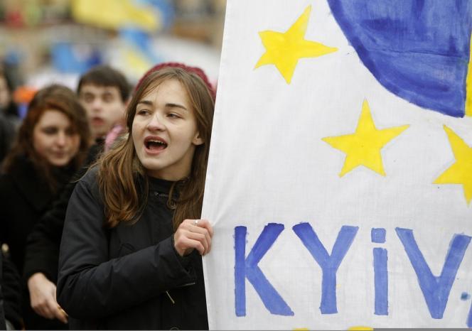 Les étudiants ukrainiens ont pris part aux manifestations pro-européennes, le 26 novembre 2013.