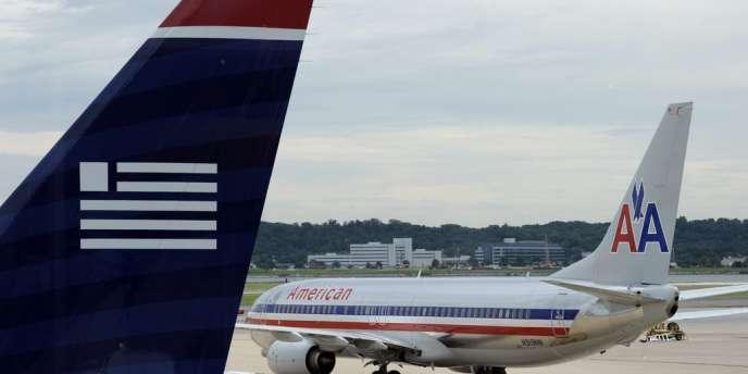 La nouvelle compagnie American Airlines dispose d'un réseau de près de 6 700 vols quotidiens vers plus de 330 destinations dans plus de 50 pays et compte plus de 100 000 employés dans le monde.