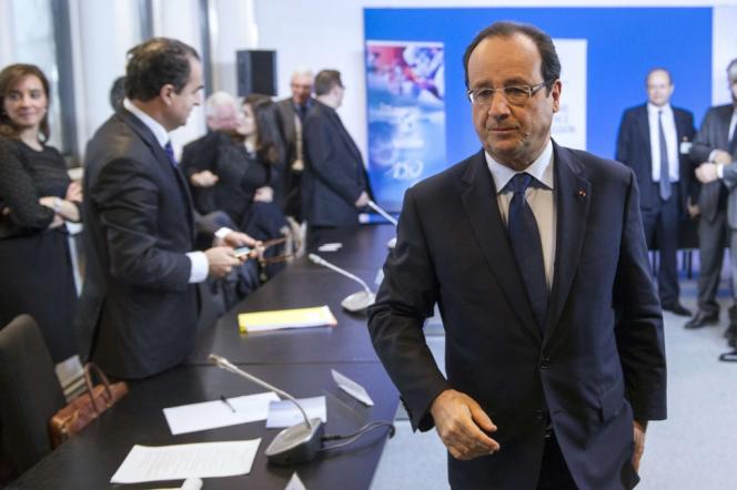 François Hollande en déplacement à Aubervilliers (Seine-Saint-Denis), jeudi 28 novembre.