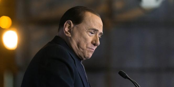 Silvio Berlusconi fait face à un autre procès dans l'affaire du Rubygate, pour corruption de témoin.