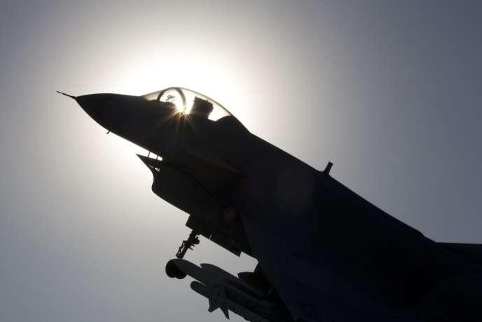 La Chine a dépêché plusieurs chasseurs et un avion de détection dans la ZAI qu'il a instaurée unilatéralement en mer de Chine orientale.