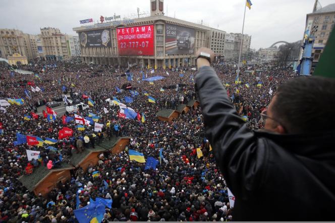 Rassemblement dans le centre de Kiev, dimanche 1er décembre.