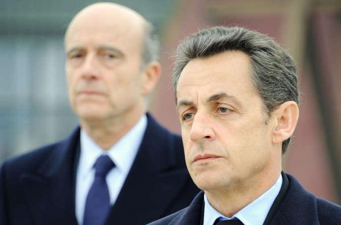 En janvier2011, le président Sarkozy avec son ministre des affaires étrangères, Alain Juppé, à Saint-Dizier.