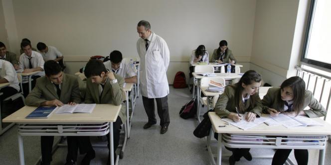 Au collège Fathi à Istanbul, en 2008. Le mouvement Gülen avait massivement investi dans ce réseau éducatif privé, et ses 3 500 salles de classe étaient devenues l'une de ses principales sources de revenus et la garantie de son indépendance.