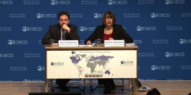 Conférence de presse de l'OCDE le 3 décembre après la publication de l'enquête PISA.