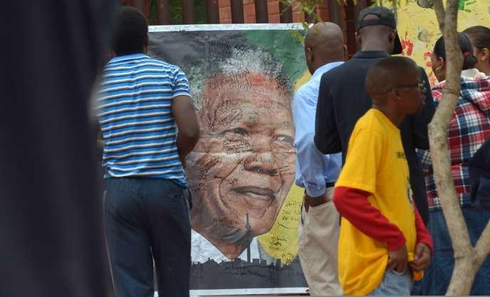 L'Afrique du Sud a beau avoir eu plus d'une décennie pour se préparer à sa disparition, personne ne sait à quoi, au fond, elle ressemblera sans Nelson Mandela.