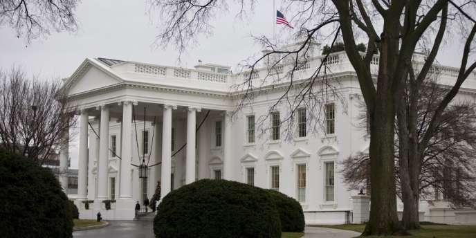 Ces sanctions sont prise dans le cadre d'une loi adoptée l'an dernier par le Congrès américain pour punir les activités « malveillantes » de la Russie.