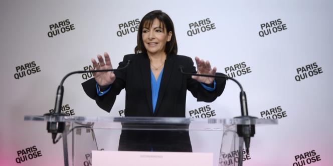 La candidate socialiste à la mairie de Paris, Anne Hidalgo, le 8 décembre à Paris.