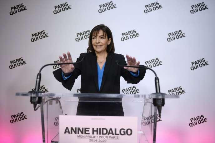 Anne Hidalgo, lors de la présentation de son programme, le 8 décembre, à Paris.